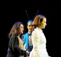 'ALICE IN WONDERLAND' (Carroll/Mitchell)~(left) Rachel Kavanaugh - director   (right) Katherine Heath (Alice)~RSC/Barbican Theatre, London EC1      13/112001