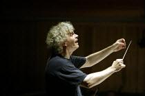 'IDOMENEO' (Mozart)~Simon Rattle - conductor~Glyndebourne Festival Opera  10/06/2003 ~(c) Donald Cooper/Photostage   photos@photostage.co.uk   ref/9285
