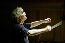 'IDOMENEO' (Mozart)~Simon Rattle - conductor~Glyndebourne Festival Opera  10/06/2003~(c) Donald Cooper/Photostage   photos@photostage.co.uk   ref/9295