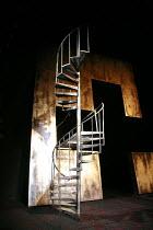 MACBETH   by Shakespeare   director: Ian Brown <br>,set (section) - design: Ruari Murchison,West Yorkshire Playhouse / Leeds, England                28/02/2007             ,
