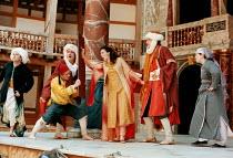 THE COMEDY OF ERRORS   by Shakespeare   design: Liz Cooke   Master of Verse: Tim Carroll  director: Kathryn Hunter <br>~Shakespeare's Globe, Bankside, London SE1  03 June 1999~(c) Donald Cooper/Photos...