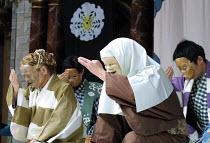 THE KYOGEN OF ERRORS based on Shakespeare's 'The Comedy of Errors',2nd right: Mannosuke Nomura (Abbess),The Nomura Mansaku Company/Shakespeare's Globe, London SE1  18/07/2001,