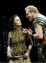 'ANTONY AND CLEOPATRA' (Shakespeare)~Sinad Cusack (Cleopatra), Clive Wood (Enobarbus)~RSC/Royal Shakespeare Theatre, Stratford-upon-Avon         23/04/2002