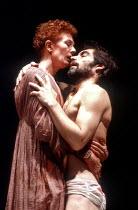 'ANTONY AND CLEOPATRA' (Shakespeare),Cleopatra holds dead Antony: Vanessa Redgrave (Cleopatra), Timothy Dalton (Antony),Theatre Royal Haymarket / London SW1                       10/06/1986,