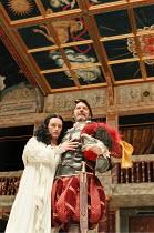 Mark Rylance (Cleopatra), Paul Shelley (Mark Antony) in ANTONY AND CLEOPATRA by Shakespeare at Shakespeare's Globe, Bankside, London SE1  29/07/1999~Master of Clothing & Properties: Jenny Tiramani  Ma...