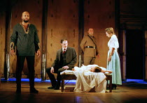 OTHELLO  by Shakespeare  design: Robert Jones  lighting: Peter Mumford  fights: Terry King  director: Michael Attenborough ~final scene, Desdemona lies dead: (left) Ray Fearon (Othello), (right) Rache...