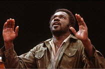 OTHELLO  by Shakespeare  design: Shelagh Keegan  director: David Thacker <br>~Rudolph Walker (Othello) ~The Young Vic, London SE1  10/05/1984~(c) Donald Cooper/Photostage   photos@photostage.co.uk   r...