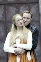 'HENRY IV/i ' (Shakespeare - director: Alan Strachan)~Annette McLaughlin (Lady Percy), Keith Dunphy (Hotspur)~Open Air Theatre / Regent's Park, London                    07/06/2004