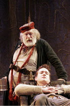 HENRY IV part i' (Shakespeare - director: Nicholas Hytner),II/iv - The Boar's Head: Michael Gambon (Sir John Falstaff), Matthew Macfadyen (Henry, Prince of Wales/Hal),Olivier Theatre / National Theatr...
