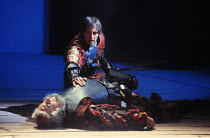 'HENRY IV part i' (Shakespeare)~Prince Hal (Michael Maloney) discovers 'dead' Falstaff (Robert Stephens) on battlefield~RSC / RST  1991