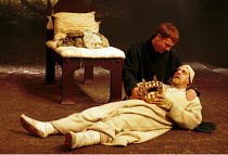 'HENRY IV/pt. ii' (Shakespeare)~(top) William Houston (Prince Hal), David Troughton (King Henry IV)~RSC/Swan Theatre, Statford-upon-Avon  29/06/2000