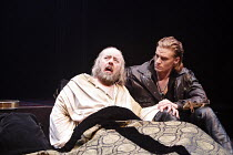 HENRY IV part ii by Shakespeare   director: Barbara Gaines,l-r: David Lively (King Henry IV), Jeffrey Carlson (Henry, Prince of Wales / ^Hal^),Chicago Shakespeare Theater / RSC Swan Theatre, Stratford...