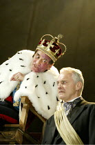 'RICHARD III' (Shakespeare)   (director: Sean Holmes) Act IV / sc.ii - the Coronation : Henry Goodman (Richard III), Malcolm Sinclair (Buckingham Royal Shakespeare Company / Royal Shakespeare Theatr...