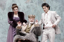 'CYMBELINE' (Shakespeare - director: Rachel Kavanaugh),III/v - l-r: Harriet Thorpe (Queen), Julian Curry (King Cymbeline), James Loye (Cloten),Open Air Theatre / Regent's Park, London...