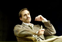 'LOVE'S LABOUR'S LOST' (Shakespeare - director: Trevon Nunn)~Joseph Fiennes (Berowne)~Olivier Theatre / National Theatre, London SE1              21/02/2003