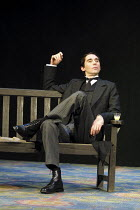 'TWELFTH NIGHT' (Shakespeare),II/v: Guy Henry (Malvolio),Royal Shakespeare Company/RST  Stratford-upon-Avon  10/05/2001,