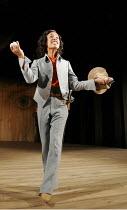 'TWELFTH NIGHT' (Shakespeare - director: Michael Boyd) ~Kananu Kirimi (Viola)~Royal Shakespeare Company (RSC), Royal Shakespeare Theatre, Stratford-upon-Avon  28/04/2005 ~(c) Donald Cooper/Photostage...