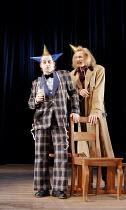 'TWELFTH NIGHT' (Shakespeare - director: Michael Boyd) ~II/iii - l-r: Forbes Masson (Feste), John Mackay (Sir Andrew Aguecheek) ~Royal Shakespeare Company (RSC), Royal Shakespeare Theatre, Stratford-u...