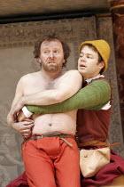 'THE WINTER'S TALE' (Shakespeare - director/'Master of Play': John Dove),IV/iii - l-r: Colin Hurley (Autolycus), Sam Alexander (Clown),Shakespeare's Globe, London SE1          15/06/2005            ,