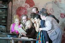 GIANNI SCHICCHI   by Puccini   conductor: Antonio Pappano   director: Richard Jones <br>,reading the will - l-r: Joan Rodgers (Nella), Jeffrey Lloyd-Roberts (Gherardo), Elena Zilio (Zita), Marie McLau...
