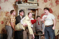 GIANNI SCHICCHI   by Puccini   conductor: Antonio Pappano   director: Richard Jones <br>,l-r: Jeffrey Lloyd-Roberts (Gherardo), Gwynne Howell (Simone), Christopher Purves (Marco) carrying the body of...