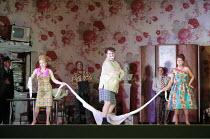 GIANNI SCHICCHI   by Puccini   conductor: Antonio Pappano   director: Richard Jones <br>,front, l-r: Joan Rodgers (Nella), Bryn Terfel (Gianni Schicchi), Marie McLaughlin (La Ciesa),The Royal Opera /...