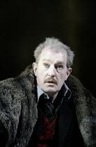 'KING LEAR' (Shakespeare - director: Bill Alexander)~Corin Redgrave (King Lear)~Royal Shakespeare Company /  Royal Shakespeare Theatre, Stratford-upon-Avon, England        30/06/2004