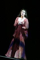 'IL TROVATORE' (Verdi)~Veronica Villarroel (Leonora) ~The Royal Opera/Covent Garden, London WC2    22/04/2002