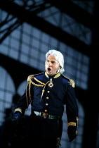 'IL TROVATORE' (Verdi)~Dmitri Hvorostovsky (Count di Luna) ~The Royal Opera/Covent Garden, London WC2    22/04/2002
