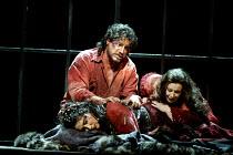 'IL TROVATORE' (Verdi)~l-r: Yvonne Naef (Azucena), Jose Cura (Manrico), Veronica Villarroel (Leonora)~The Royal Opera/Covent Garden, London WC2    22/04/2002