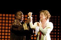 'OTELLO' (Verdi))                                               (directed by Peter Hall)~David Rendall (Otello), Susan Chilcott (Desdemona)~Glyndebourne Festival Opera   24/07/2001