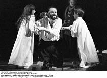 MACBETH  by Shakespeare   design: Bob Crowley   lighting: Mark Henderson   director: Adrian Noble ~IV/i - Macbeth/witches/apparitions: Jonathan Pryce (Macbeth) ,~Royal Shakespeare Company (RSC), Royal...