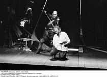 MACBETH  by Shakespeare  design: Bob Crowley  lighting: Mark Henderson  director: Adrian Noble ~V/viii - death of Macbeth: Peter Guinness (Macduff), Jonathan Pryce (Macbeth)~Royal Shakespeare Company...