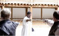 OTHELLO   by Shakespeare   director: Wilson Milam <br>,V/ii - centre: Eamonn Walker (Othello),Shakespeare^s Globe, London SE1                    24/05/2007        ,