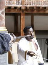 OTHELLO   by Shakespeare   director: Wilson Milam <br>,V/ii: Eamonn Walker (Othello),Shakespeare^s Globe, London SE1                    24/05/2007        ,