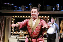 KEAN   by Jean Paul Sartre   adapted from the play by Alexander Dumas   translated by Frank Hauser   director: Adrian Noble <br>,l-r: Antony Sher (Edmund Kean), Sam Kelly (Salomon),Apollo Theatre, Lon...