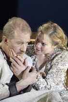 KING LEAR   by Shakespeare   director: Bill Alexander <br>,Corin Redgrave (King Lear), Sian Brooke (Cordelia),Royal Shakespeare Company (RSC)   ,Royal Shakespeare Theatre, Stratford-upon-Avon, England...