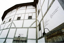 Shakespeare's Globe (venue) - exterior