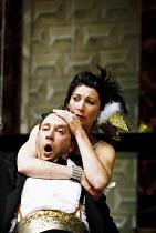 MACBETH   by Shakespeare   'Master of Play'/director: Tim Carroll <br>,Eve Best (Lady Macbeth), Jasper Britton (Macbeth)   ,Shakespeare's Globe, London SE1   05/06/2001   ,