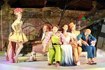 ARIADNE AUF NAXOS   music: Richard Strauss   libretto: Hugo von Hofmannsthal   conductor: Elgar Howarth   director: Martin Duncan <br> ,l-r: Elizabeth Cragg (Zerbinetta), Andrew Slater (Truffaldino),...