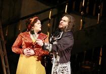 TOSCA   by Puccini   conductor: Mikko Franck   director: Jonathan Kent <br>,Act I: Violeta Urmana (Tosca), Mark Delavan (Scarpia),The Royal Opera / Covent Garden   London WC2              03/07/2007,