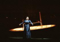 'TRISTAN UND ISOLDE' (Wagner)~the 'Liebestod': Susan Bullock (Isolde), (rear, on bed) Mark Lundberg (Tristan)~Opera North/Leeds, England  27/01/2001