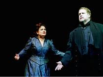 'TRISTAN UND ISOLDE' (Wagner)~Susan Bullock (Isolde), Mark Lundberg (Tristan)~Opera North/Leeds, England  27/01/2001