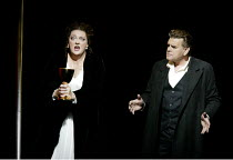 'TRISTAN UND ISOLDE' (Wagner)~Lisa Gasteen (Isolde), Wolfgang MUller-Lorenz (Tristan)~The Royal Opera/Covent Garden, London WC2                     05/04/2002