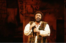 L^ELISIR D^AMORE   by Donizetti   conductor: Marcello Panni   director: John Copley <br>,Luciano Pavarotti (Nemorino)   ,The Royal Opera / Covent Garden   London WC2                   13/03/1990   ,