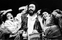 L^ELISIR D^AMORE   by Donizetti   conductor: Marcello Panni   director: John Copley <br>,centre: Luciano Pavarotti (Nemorino)   right: Judith Howarth (Gianetta)  ,The Royal Opera / Covent Garden   Lon...