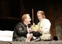HENRY IV part ii   by Shakespeare   director: Richard Twyman <br>,IV/ii - l-r: Clive Wood (King Henry IV), Geoffrey Streatfeild (Prince Henry / Hal),Royal Shakespeare Company / Courtyard Theatre, Stra...