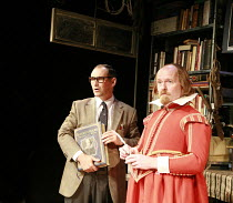 I AM SHAKESPEARE   conceived and written by Mark Rylance   devised by the company   ,directed by Mark Rylance & Matthew Warchus <br>,l-r: Mark Rylance (Frank Charlton), Colin Hurley (William Shakespea...
