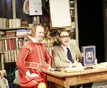 I AM SHAKESPEARE   conceived and written by Mark Rylance   devised by the company   ,directed by Mark Rylance & Matthew Warchus <br>,l-r: Colin Hurley (William Shakespeare) , Mark Rylance (Frank Charl...