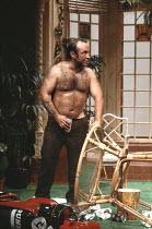 TRUE WEST   by Sam Shepard   director: John Schlesinger <br>,Bob Hoskins (Lee),Cottesloe Theatre / National Theatre, London SE1        10/12/1981     ,